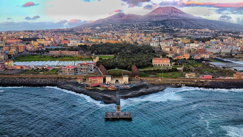 Interesting and Fun Facts about Naples, Italy